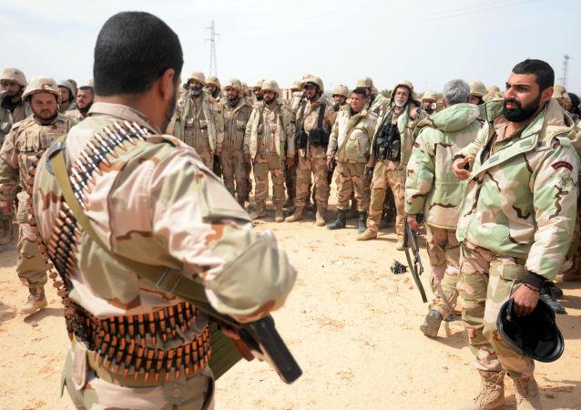 Unità Falchi del deserto nei pressi del fronte di Palmira