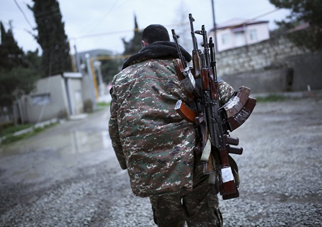 Soldato indipendentista armeno del Nagorno-Karabakh