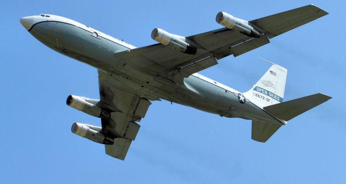Aereo da ricognizione americano Boeing OS-135B