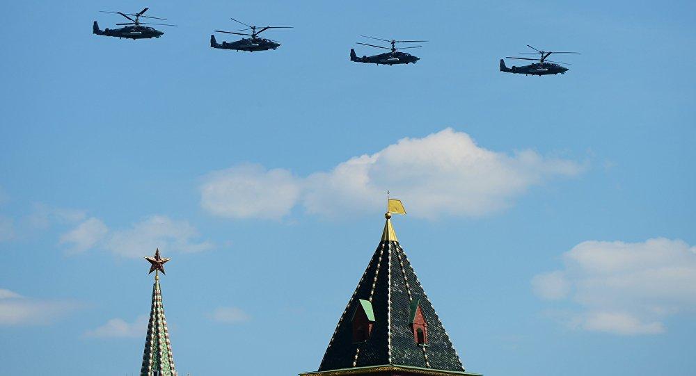 Gli elicotteri Alligator alla 71° Parata della Vittoria