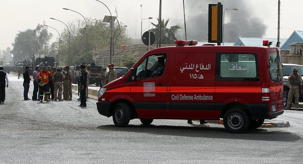 Ambulanza al luogo di un'esplosione a Baghdad