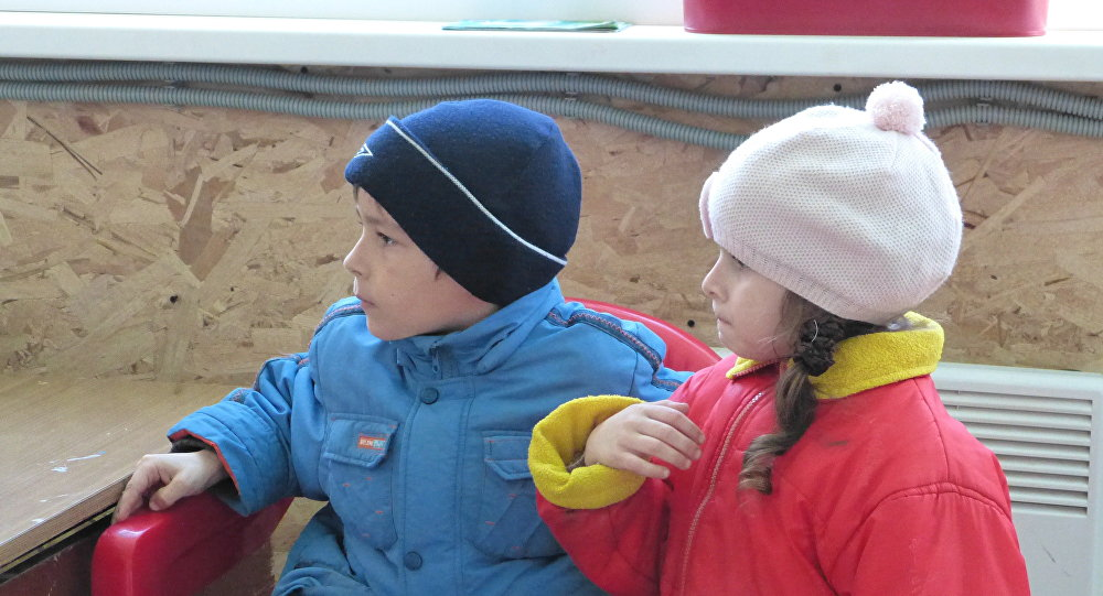Bambini del Donbass in centro di accoglienza in Russia