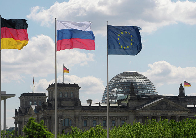Bandiere di Germania, Russia e UE