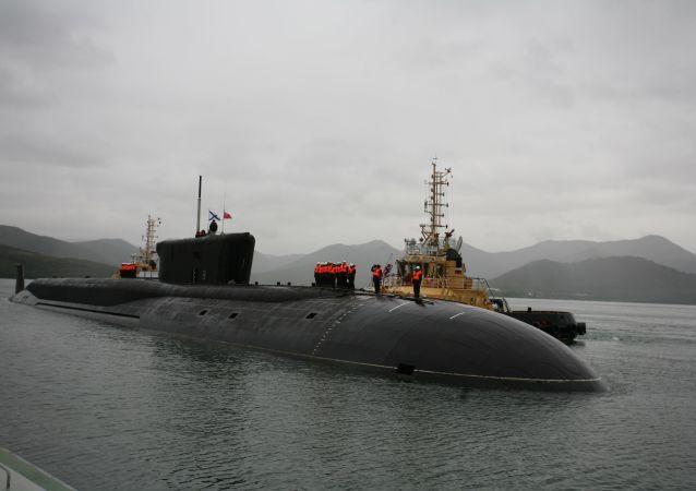Il sottomarino portamissili a propulsione atomica Aleksandr Nevskij