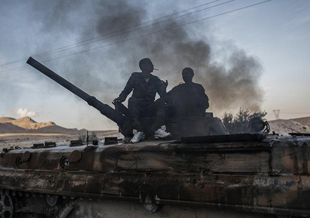 Combattenti curdi  in Siria