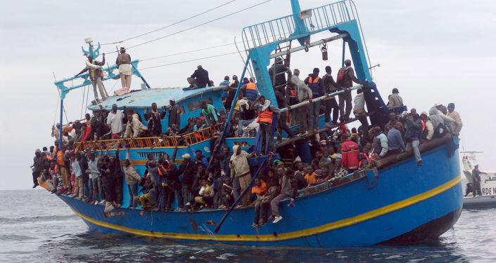 """""""Non è stato normale lasciare alla sola responsabilità dell'Italia il finanziamento di Mare Nostrum"""". cosi dice il presidente della Commissione Europea"""