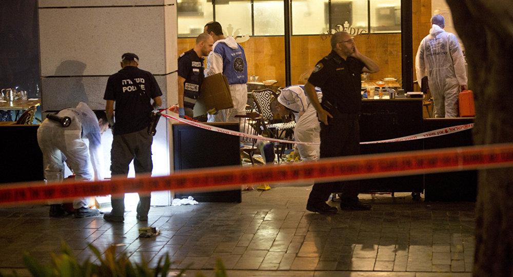 Polizia israeliana sul luogo dell'attentato a Tel Aviv