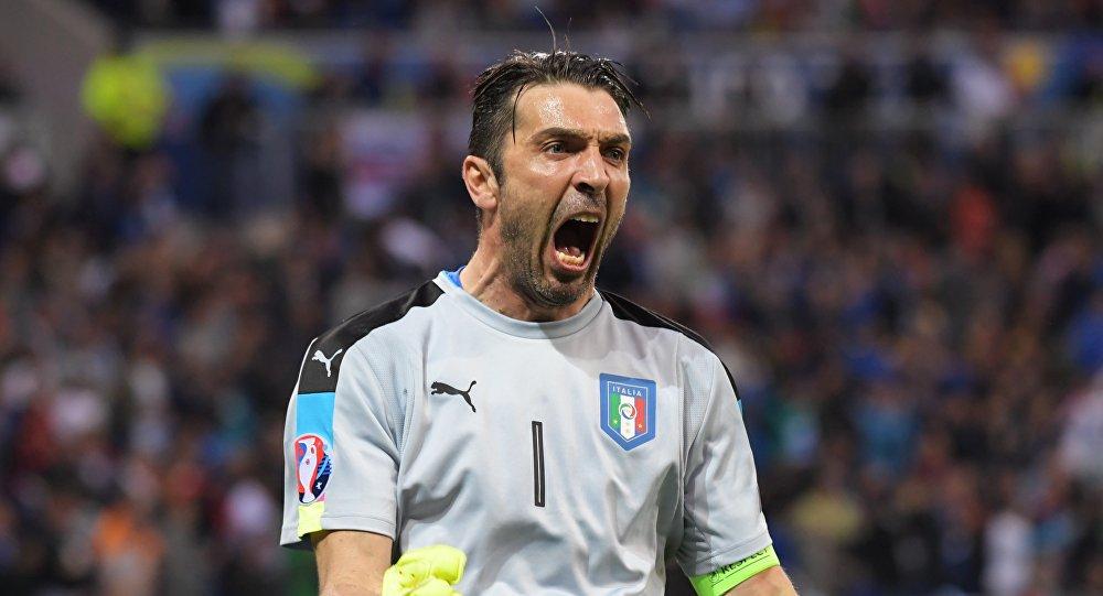 L'esultanza di Gigi Buffon
