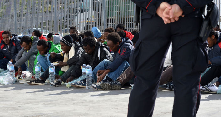 In Europa è allarme ISIS: terroristi sbarcano insieme agli immigrati.