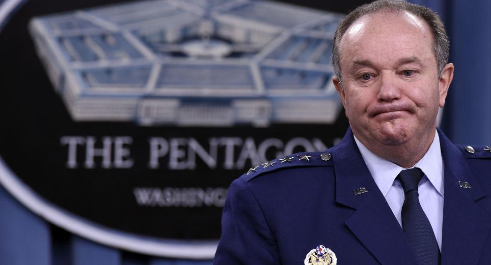 Il Generale Philip M. Breedlove, Comandante Supremo delle Forze Alleate in Europa (SACEUR)