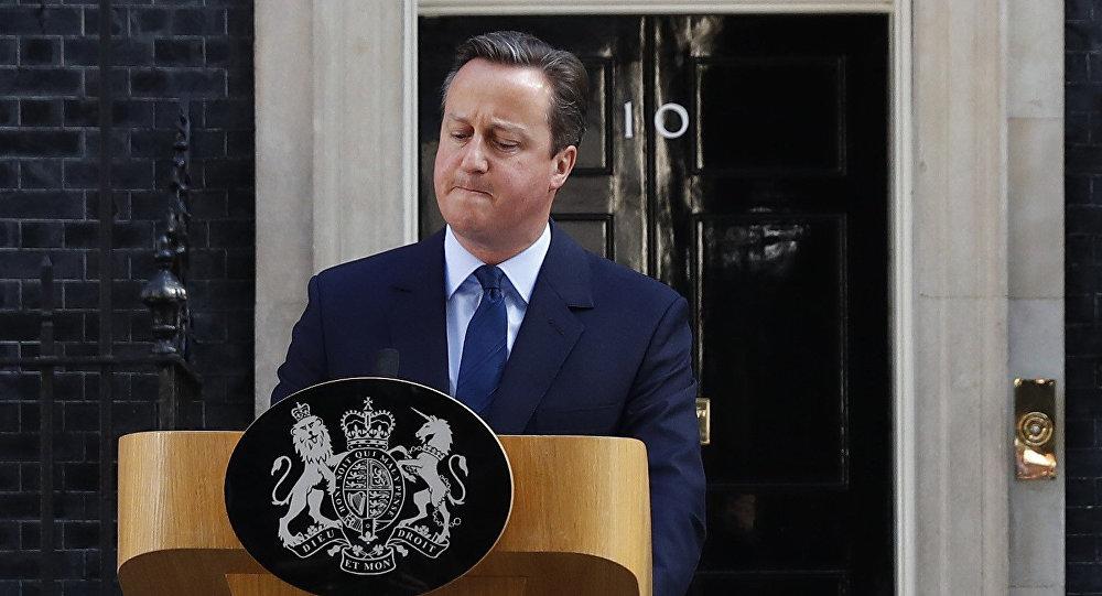 David Cameron a Downing Street dopo Brexit