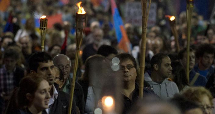 Marcia di commemorazione delle vittime del genocidio a Montevideo