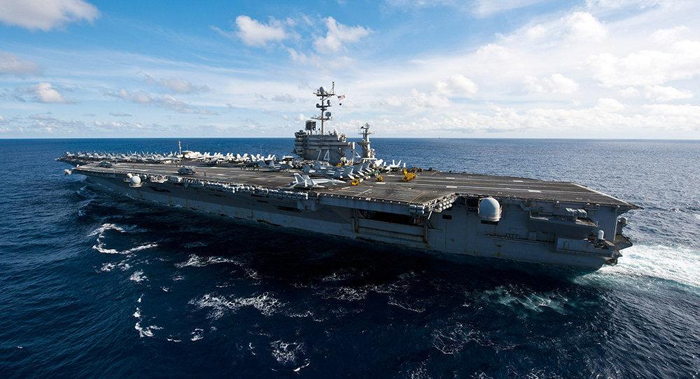 La portaerei USS John C. Stennis della classe Nimitz