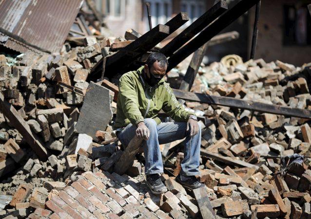 Distruzioni dopo terremoto Nepal