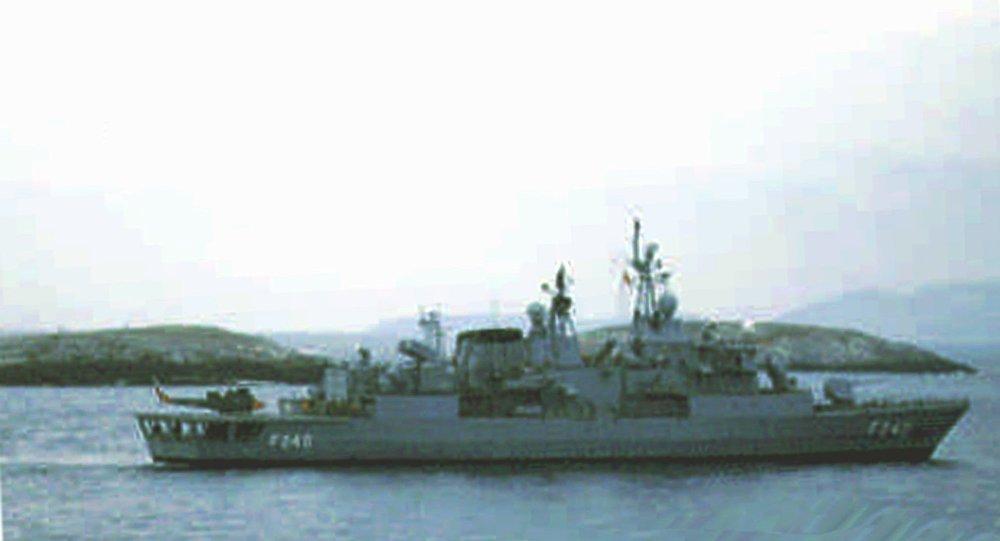 La fregata turca Yavuz nel mar Egeo