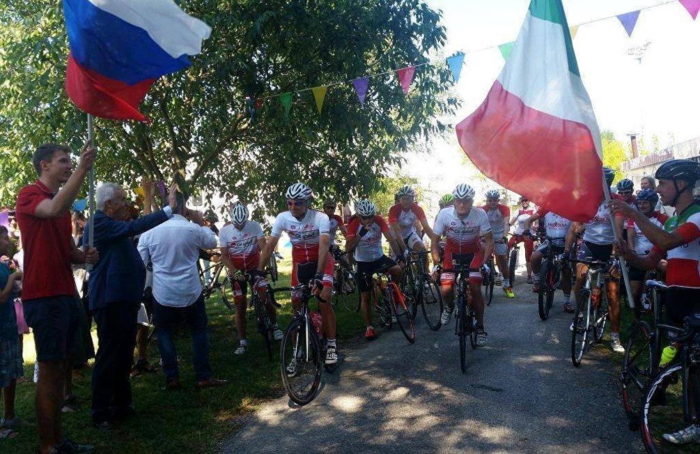 La partenza di Ride to Moscow da Ronchi dei Legionari