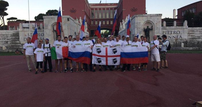 La corsa di solidarietà per gli atleti russi