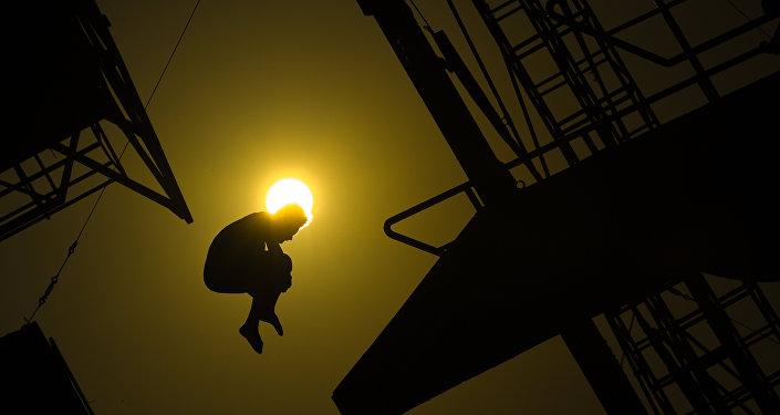 Un allenamento dei saltatori prima delle Olimpiadi