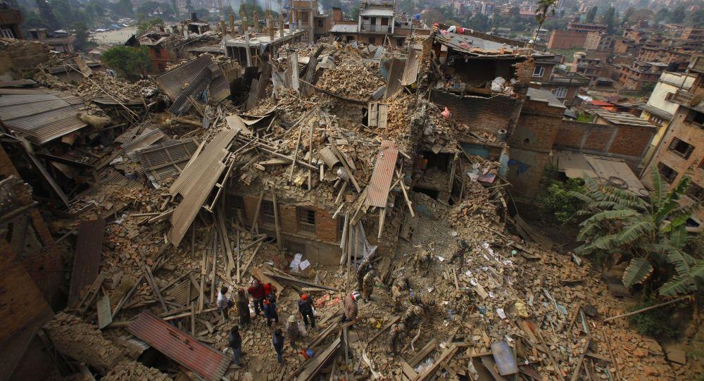 Nepal in rovine dopo terremoto