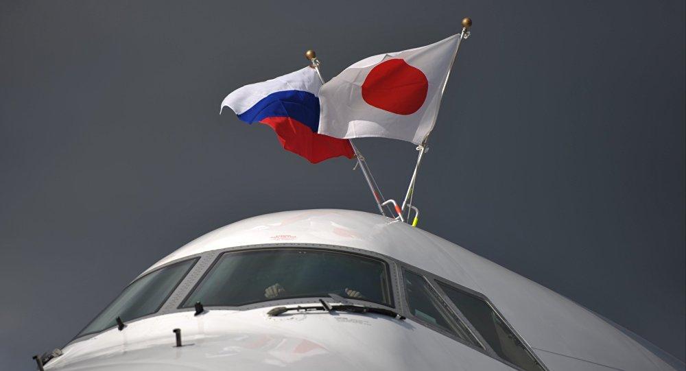 L'aereo del premier giapponese Shinzo Abe