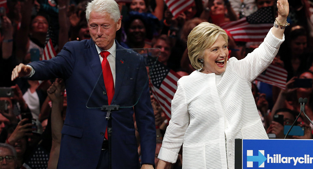 Bill Clinton e Hillary Clinton alla Convention dei Democratici