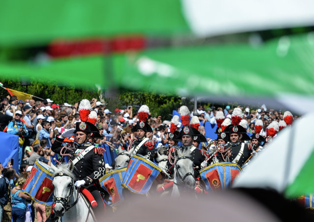 I Carabinieri alla parata del 2 giugno