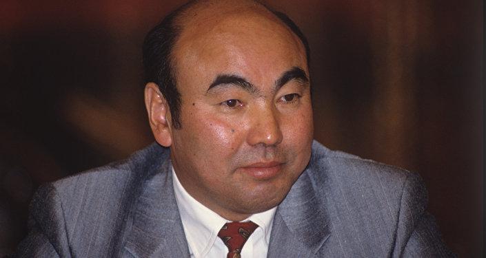L'ex presidente del Kirghizistan Askar Akayev