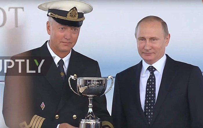 Putin Premia i marinai