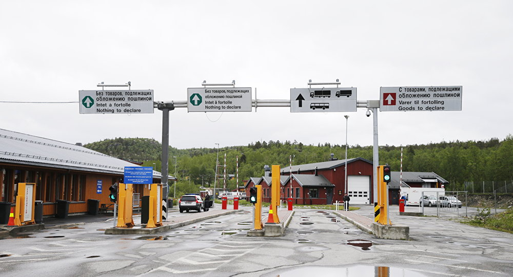 Valico di frontiera russo-norvegese a Kirkenes (foto d'archivio)