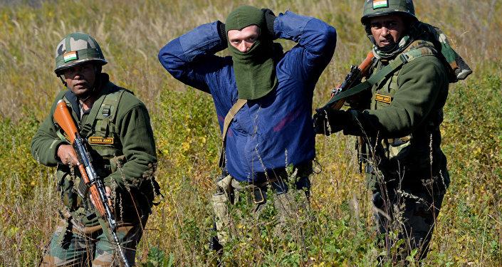 Russia tre esercitazioni internazionali nel 2017 per for Soggiorni militari invernali 2016 2017