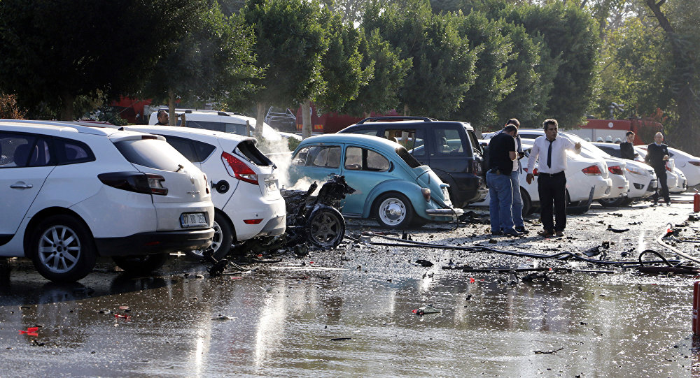 Antalya: forse un'autobomba l'esplosione vicino alla Camera commercio