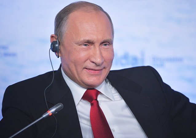 LIVE: L'Intervento di Vladimir Putin alla sessione finale del Club Valdai a Sochi
