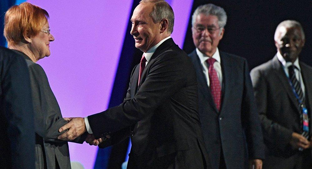 Vladimir Putin alla 13esima sessione del Valdai Club