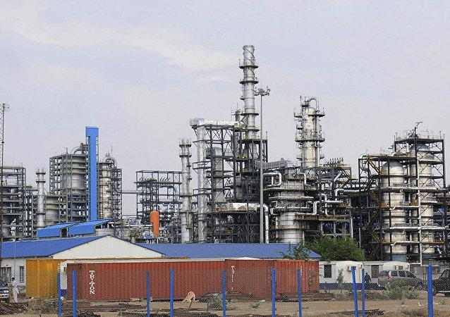 Raffineria di petrolio in India