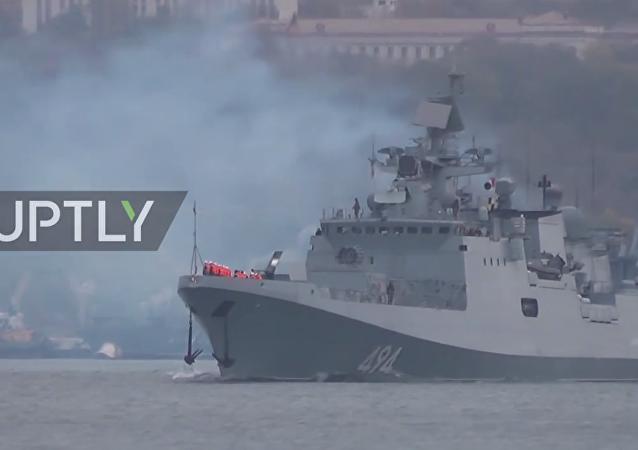 La fregata russa Admiral Grigorovich