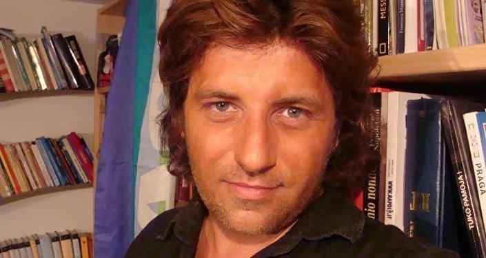 Gianluca Ferrara, saggista e direttore editoriale di Dissensi Edizioni.