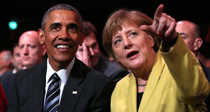 Barack Obama e Angela Merkel (foto d'archivio)