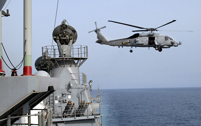 Elicottero Usa : Nave iraniana punta le armi contro elicottero usa nello
