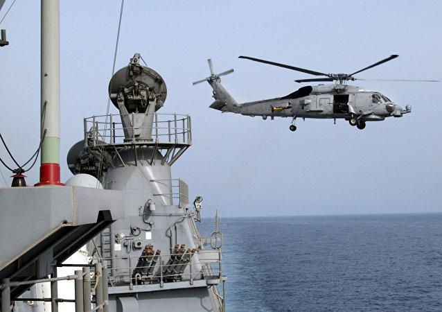 Elicottero americano SH-60