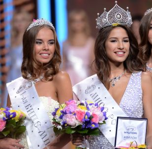Le candidate russe a Miss Mondo e Miss Universo