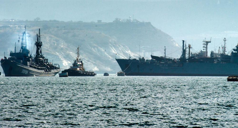 Navi della Flotta russa del Mar Nero (foto d'archivio)