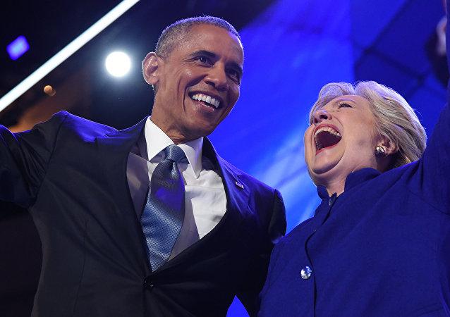 Barack Obama ed Hillary Clinton