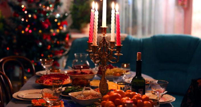 La tavola festiva tradizionale russa