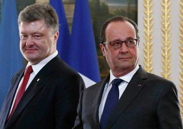 Petro Poroshenko e François Hollande