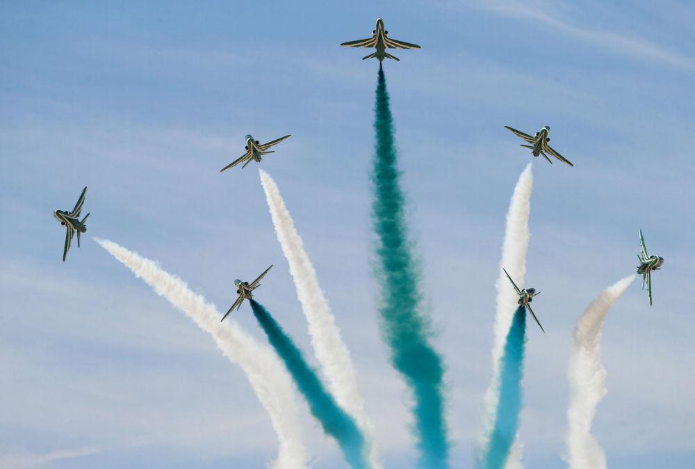 L'aviashow di Riyadh
