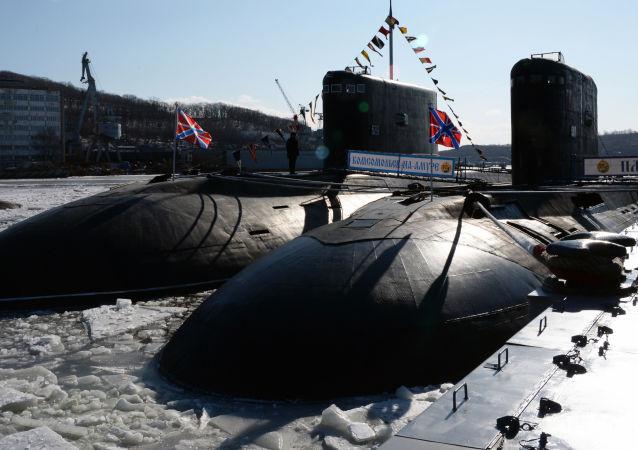 Il sottomarino Komsomolsk sull' Amur