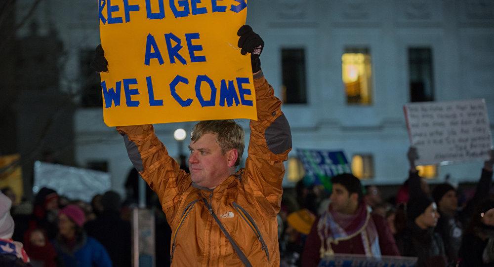 Una manifestazione pro rifugiati in America