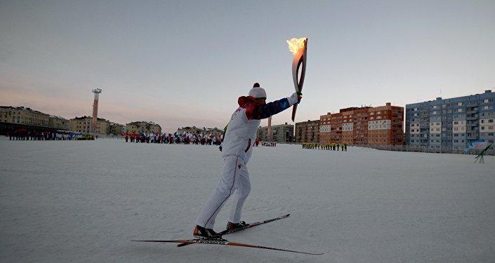 Noril'sk, la staffetta della fiamma olimpica