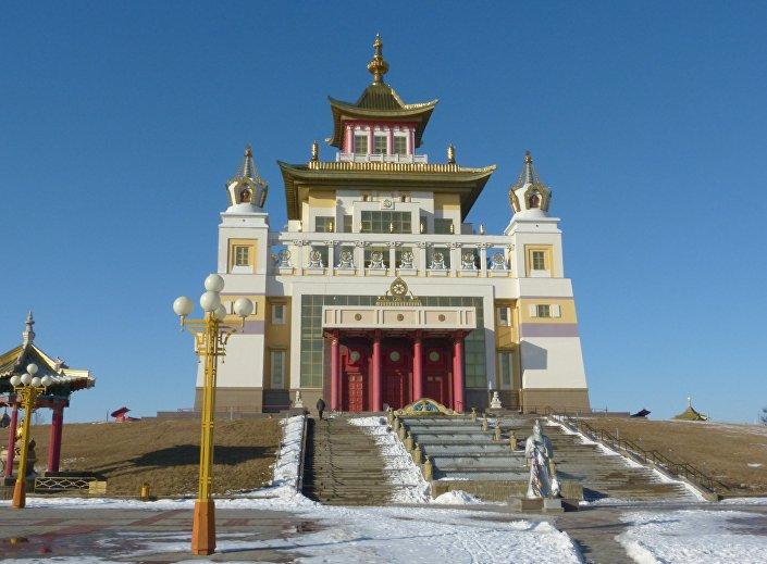 Tempio buddhista nella città di Elista, Russia