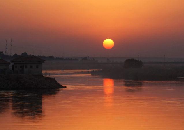 Una vista dell'Eufrate